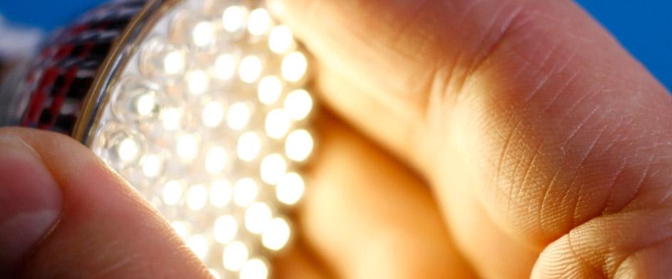 Schema Elettrico Per Neon A Led : Come fare un impianto a led punto luce