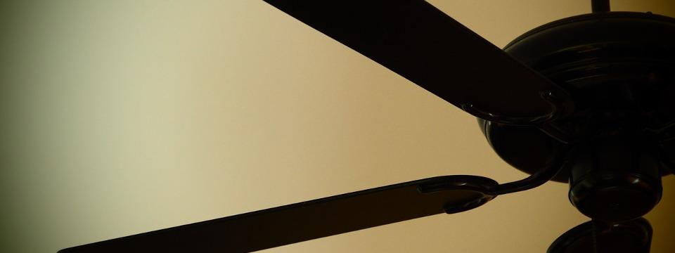 Come funzionano i ventilatori da soffitto